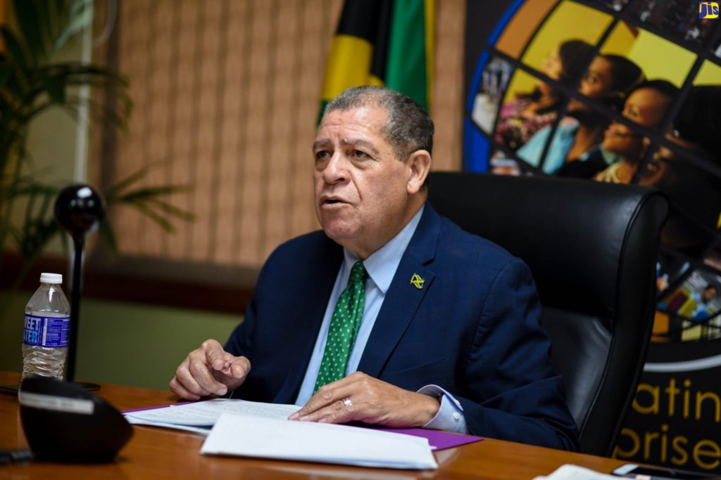 minister-shaw-announces-millions-of-dollars-in-agriculture-investments-headline-image